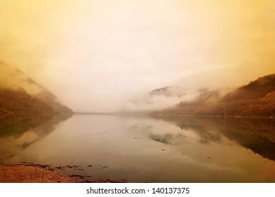 Foggy morning on the lake