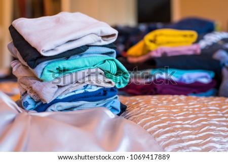 e061cf5044214b Folded Womens Underwear On Bed Stockfoto (Jetzt bearbeiten ...