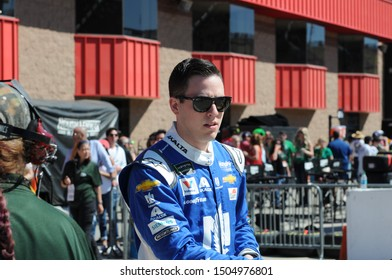 FONTANA, CALIFORNIA - MARCH 17: Alex Bowman races for Hendrick Motorsports at the Monster Energy NASCAR Cup Series race on March 17, 2019 in Fontana, CA.