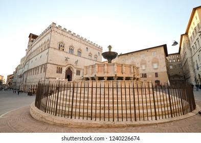 Fontana maggiore in Piazza IV Novembre in Perugia, in Umbria