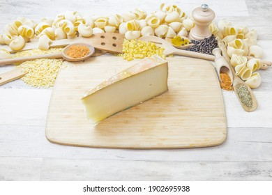 Fontina: Italian cheese, special Italian ingredients and preparation.