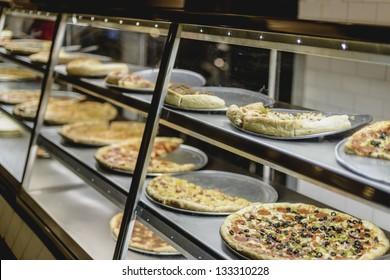 Food Court Pizza Warmer