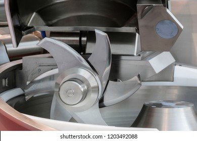Food industry equipment for meat cutting