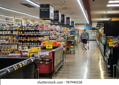 Food Lion Interior Americana Casual Capture Grocery Shopping Scene December 2018