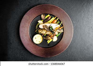 food lunch chicken vegetables plate black elegant meal lunch lettuce salad green breast grilled asparagus spring diet fillet healthy light gourmet restaurant elegant