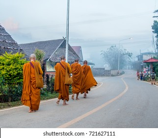 food offered to monk in Thailand