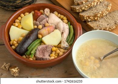 Fotografía gastronómica con estofado andaluz y tazón de sopa