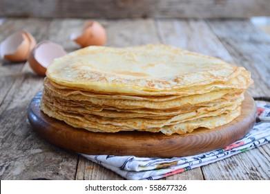 Food Photography. Thin pancakes