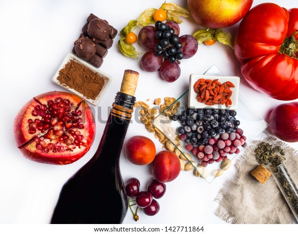 Food Rich Resveratrol Grapes Pomegranate Green Stock Photo Edit Now 1427711864