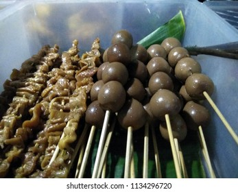 """The food served around """"warung kucingan"""" or """"angkringan"""". Indonesians' traditional lower-class eatery."""