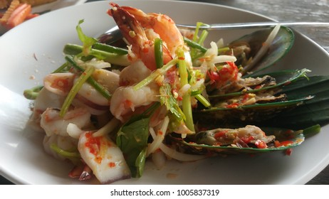 food, spicy seafood ,cooking