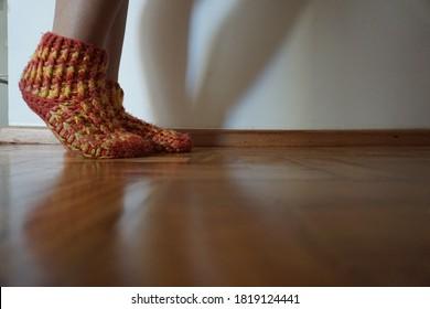 Foot feet ground legs shadown
