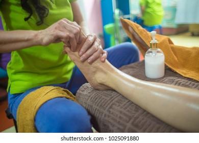 foot massage bangkok capital of tailandi indochina asia