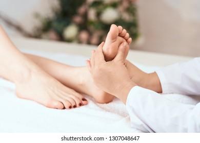 foot massage relax