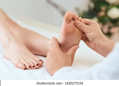 foot massage relax skin care