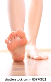 Foot stepping legs