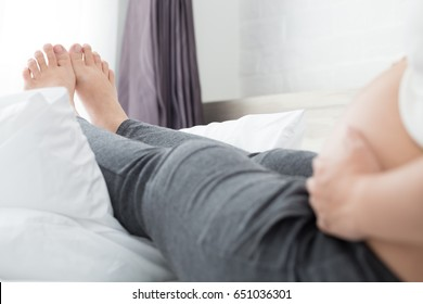 Foot swelling during pregnancy