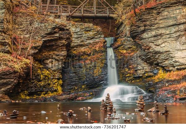 Footbridge Cairns Surround Deer Leap Falls Stock Photo Edit Now 736201747