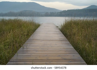 Footbridge on the loch Banyoles