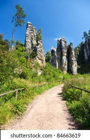 Footpath in bohemian paradise, Prachovske skaly