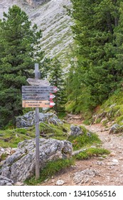 Footpath signs in a hiking area in the Alps