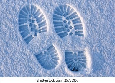 Footprint pair