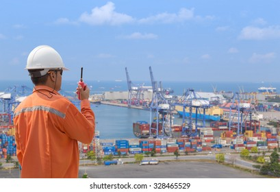 foreman control in connection with Cargo freight ship at harbour