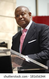 Forest Whitaker at the induction ceremony for STAR ON THE HOLLYWOOD WALK OF FAME for Forest Whitaker, Hollywood Boulevard in front of Kodak Theatre, Los Angeles, April 16, 2007