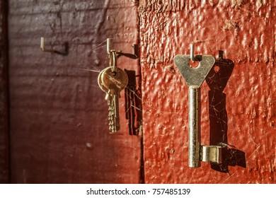 forgotten keys on the wall