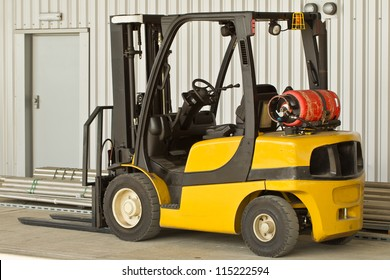 A forklift truck in a work environment