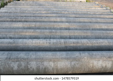 Format asbestos piping.  Asbestos cement pipes used for drainage construction.