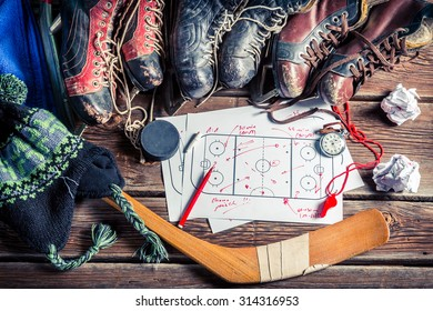 Formation tactics in hockey matches