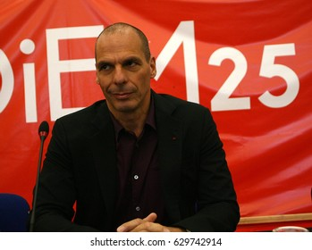 Former Greek Minister of Finance Yanis Varoufakis presents the program of Diem25, in a press conference,on April 28, 2017 in Thessaloniki, Greece
