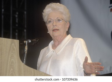 Former Texas Governor Ann Richards addresses crowd at the 2000 Democratic Convention at the Staples Center, Los Angeles, CA
