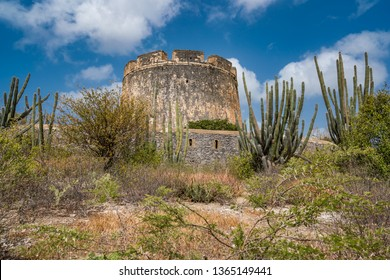Fort Beekenburg   views around the small Caribbean isalnd of Curacao