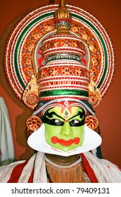 FORT COCHIN - FEBRUARY 15: Kathakali performer in the virtuous pachcha (green) role in Cochin on February 15, 2009 in South India. Kathakali is the ancient classical dance form of Kerala.