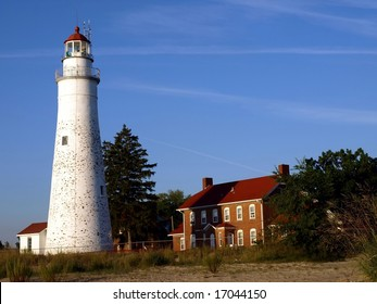 Fort Gratiot Lighthouse in Port Huron Michigan with lighthouse keepers house