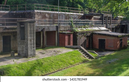 Fort Hunt, a former US Navy fort, defensive fort and it's navel gun battery battery.  This fort was made for the Spanish American war, updated for WWI, and used as a POW camp in WWII.