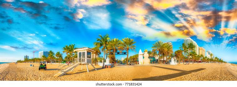 Fort Lauderdale at dusk, Florida panoramic coastline.
