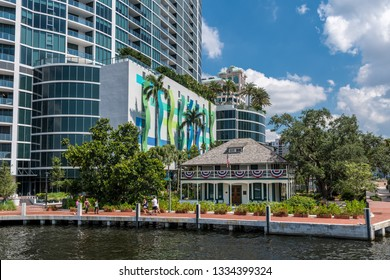 FORT LAUDERDALE, FLORIDA - JULY 14 - Hotels, museum and park like setting along the canals on July 14 2018 in Fort Lauderdale Florida.