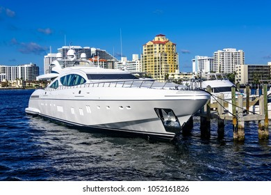 Fort Lauderdale's intercoastal waterway with yachts and wealthy real estate