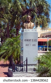 Fort Myers, Florida, USA 4/26/19 This is a statue of Robert E Lee outside of the government buildings in Fort Myers Florida that is so controversial that there is a move to remove it.