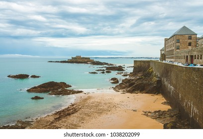Fort National, 17-century fortress on tidal island Petit Be and ancient city walls of Saint-Malo, Brittany, France