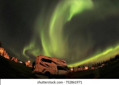 Imágenes, fotos de stock y vectores sobre Camper Rental | Shutterstock