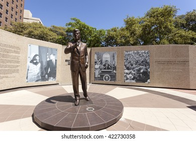 FORT WORTH, TX, USA - APR 6: Kennedy statue in Fort Worth downtown district. April 6, 2016 in Fort Worth, Texas, USA