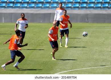 FORTALEZA, BRAZIL - JUNE 28, 2014 - Players of the Netherlands during a training session for the Round 16 of the FIFA World Cup 2014 at the President Vargas stadium. NO USE IN BRAZIL.