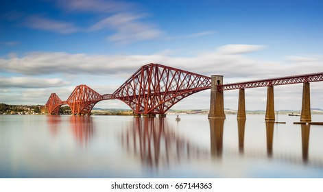 Forth Bridge - Edinburgh / Scotland