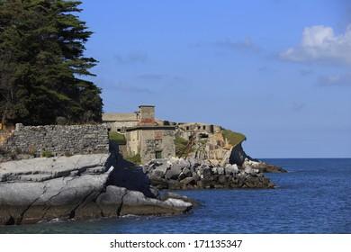 fortification on Tino island