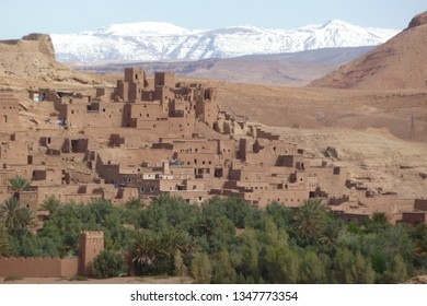 The fortified cities, kasbah or ksar, along the former caravan route between Sahara and Marrakesh in present day Morocco form part of today's popular tourist track called Route des Kasbahs