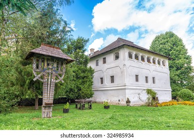 The fortified mansion (Cula in romanian) in Maldaresti, Romania, was built by the boyars as defense against Turkish attacks. These type of mansions were built mostly in Oltenia and western Muntenia